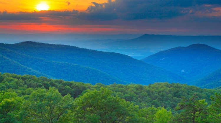 Virginia's Blue Ridge Mountains: A 3-Day Family Adventure Itinerary