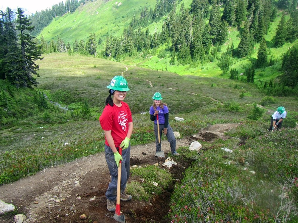 Young Trail Volunteers Learn Value of Sweat Equity - Outdoor Families Magazine