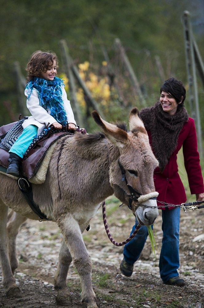 agriturismo italy tuscany farm-to-table family travel