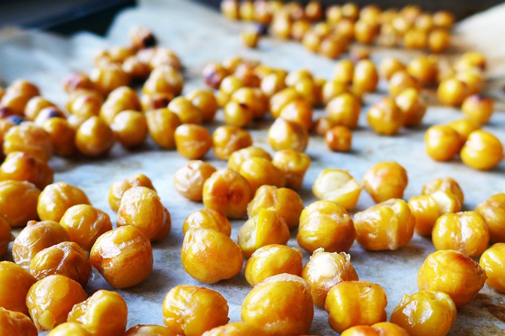 roasted chickpeas garbanzo beans hiking snack